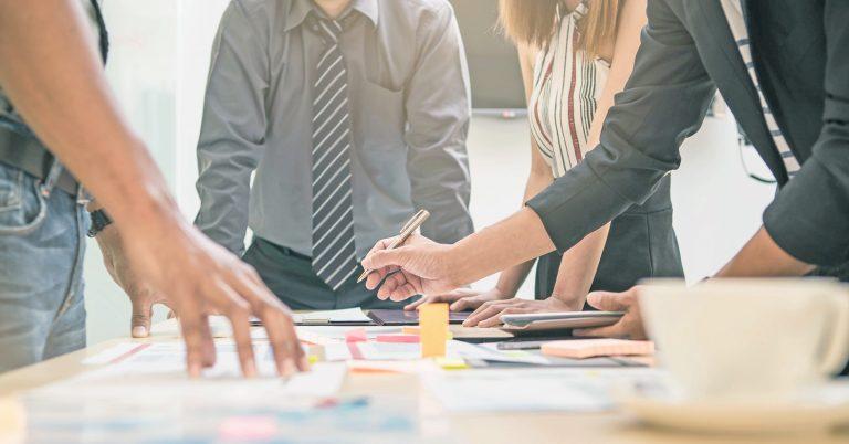 個人工作室和網頁設計公司的優缺點為何?
